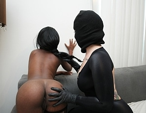 johnnygoodluck/Masked_Madness_With_Daizy_Cooper_And_Draven_Star